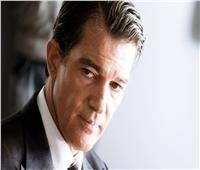 الممثل العالمي أنطونيو بانديراس يعلن إصابته بفيروس كورونا