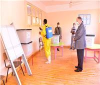 محافظ أسيوط يترأس حملة مكبرة لتطهير وتعقيم لجان انتخابات الشيوخ