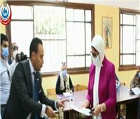 فيديو| وزيرة الصحة تدلي بصوتها في انتخابات مجلس الشيوخ 2020