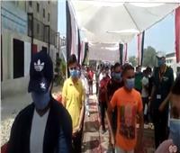 فيديو| إقبال كبير من الناخبين على مدرسة الملك فهد بمدينة نصر