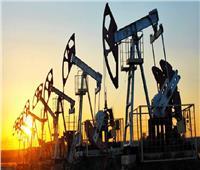 النفط يرتفع بدعم تقديرات تراجع المخزون الأمريكي
