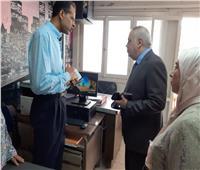 القوى العاملة بالإسكندرية تتابع سير العمل بمنظومة التحول الرقمي تجريبيا