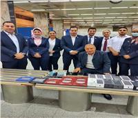 جمارك مطار القاهرة تضبط عدد من الهواتف المحمولة وقطع غيارها ومستلزماتها