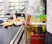الصحة العالمية تحسم الجدل حول انتقال كورونا عبر الطعام