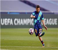 انطلاق مباراة برشلونة وبايرن ميونخ بدوري الأبطال