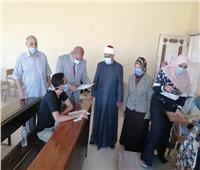 صور| رئيس جامعة الأزهر يتفقد لجان امتحانات الدراسات العليا بالإسكندرية