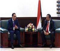 صور| تفاصيل لقاء رئيس الوزراء ونظيره السوداني في الخرطوم
