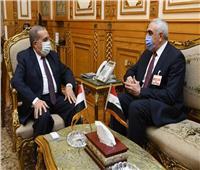 وزير الدولة للإنتاج الحربي يبحث مع سفير العراق مجالات التعاون