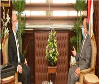 وزير التنمية المحلية يبحث مع محافظ بني سويف تحسين مستوى الخدمات للمواطنين
