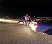 تصادم ٣ سياراتيعطل حركة المرور على طريق دمنهور دسوق