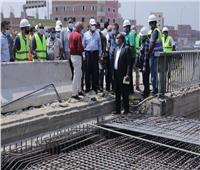 صور| وزير النقل يتابع أعمال الصيانة الشاملة للطريق الدائري