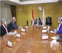 وزير النقل يبحث مع موانئ دبي العالمية سبل التعاون بين الجانبين