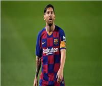 والد ميسي يلمح لخسارة معركته أمام برشلونة