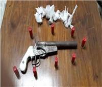 القبض على تاجر مخدرات بحلوان وبحوزته فرد خرطوش وهيروين