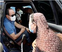 فيديو وصور| مواطنة للرئيس: «مصابة بالكبد وابني يعاني من السرطان».. والسيسي يرد: «عنينا ليكي»