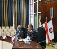 وزيرا النقل وقطاع الأعمال يبحثان سبل تعزيز التجارة الخارجية