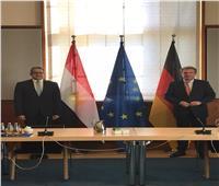 لقاءات مكثفة لوزير السياحة بالعاصمة الألمانية برلين لدفع الحركة السياحية إلى مصر