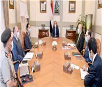 الرئيس يطلع على خطط وجهود تطوير المناطق السكنية غير الآمنة بمحيط القاهرة