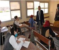 طلاب الدبلومات الفنية يؤدون الامتحان في ثالث أيام الدور الثاني