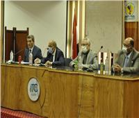 رئيس جامعة المنيا يشيد بمؤشرات الأداء لصندوق التأمين خلال الفترة الأخيرة