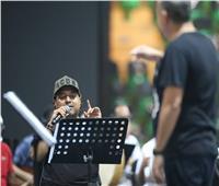 استعداد راشد الماجد وأصيل أبو بكر لأولى حفلات «اليوم الوطني 90»