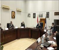 وزير السياحة والآثار يناقش الاستعدادات النهائية لموكب المومياوات الملكية