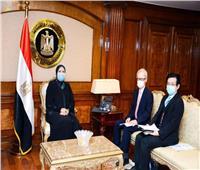 وزيرة الصناعة تبحث مع السفير اليابانى بالقاهرة تعزيز العلاقات الاقتصادية المشتركة