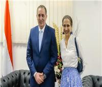 بالصور.. سفيرة كولومبيا تزور المنطقة الاقتصادية لقناة السويس