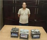 القبض على حرامي بطاريات السيارات بالزيتون