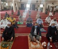 قافلة الأزهر الدعوية تؤدي صلاة الجمعةفي مسجد النصر بالعريش