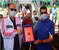 وزير الرياضة يتفقد القرية الأوليمبية بجامعة أسيوط