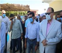 وزيرالرياضة يفتتح عدداً من الملاعب المنجلة وحمامات السباحة بمراكز شباب في أسيوط