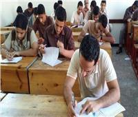 طلاب الدبلومات الفنية يؤدون الامتحان في ثامن أيام الدور الثاني
