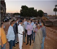 مصطفى ألهم يتفقد مشروعات الرصف بالنجوع والقرى المؤدية لمطار الأقصر الدولي