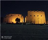 إضاءة معبد الكرنك احتفالا باليوم العالمي للسياحة