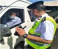 اتخاذ الإجراءات القانونية ضد1257 سائق نقل جماعى لعدم الإلتزام بالكمامة
