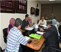 مناقشة معايير التكافل الاجتماعى للطلاب غير القادرين بجامعة القناة