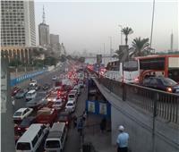 صور| كثافات مرورية أعلى محور مايو وكورنيش التحرير