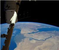 رائد الفضاء البريطاني ينشر صورة جديدة لمصر