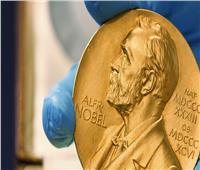 اكتشافهم ينقذ 70 مليون مريض... لهذا السبب فاز 3 علماء بنوبل للطب