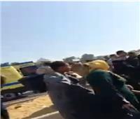 فيديو  إصابة 13 شخصًا في تصادم ميكروباص وسيارتين بالرماية