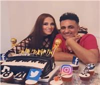 محمد رحيم يحتفل بعيد ميلاد زوجته