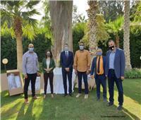 ضمن اتفاقية شراكة بين القاهرة وشتوتجارت.. السفارة الألمانية تسلم جامعة عين شمس دروع واقية للوجه