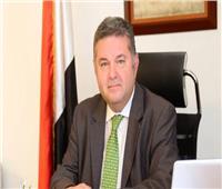 فيديو| وزير قطاع الأعمال يكشف موعد طرح السيارة الكهربائية «مصرية الصنع»