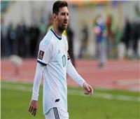 شاهد| اشتباكات ميسي مع لاعبي بوليفيا