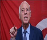 الرئيس التونسي يثمن دور المؤسسة العسكرية الأمني والتنموي