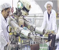 روسيا تختبر أول روبوت للعمل خارج المحطة الفضائية الدولية