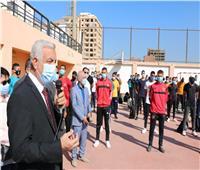 صور.. رئيس جامعة المنوفية يشهد تحية العلم مع بداية العام الدراسي
