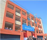 افتتاح محطة صرف صحي ومدرسة وعدة منشآت للقرى الأكثر احتياجاً بقطور