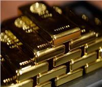 تراجع أسعار الذهب العالمية في ظل استقرار الدولار